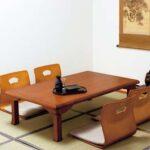 ちゃぶ台やこたつでの利用にも便利☆意外なほど体にフィットするローチェアー「曲木座椅子」