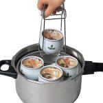 大きめの器もしっかりホールドできる☆ なるほど便利な容器用トング「茶碗蒸しホルダー」