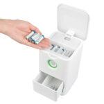 充電式の電池を放り込んでおくだけ☆ 自動的に順番に充電して貯めこんでくれる「充電式電池自動充電器」