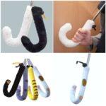 傘の持ち手がニャンコのカワイイ尻尾や足に☆ キュートなニャンコの傘の持ち手カバー「猫の傘カバー」