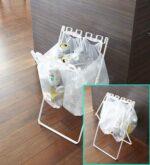 レジ袋やゴミ袋がサッとゴミ箱に☆ 口を閉じることもできる「ゴミ袋&レジ袋スタンドタワー」