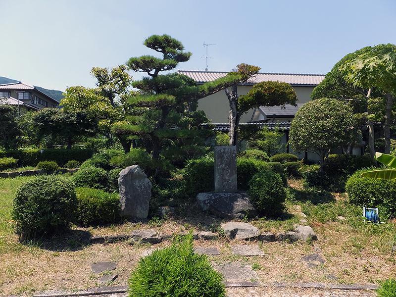綿弓塚 (奈良県 葛城市)   Bur...